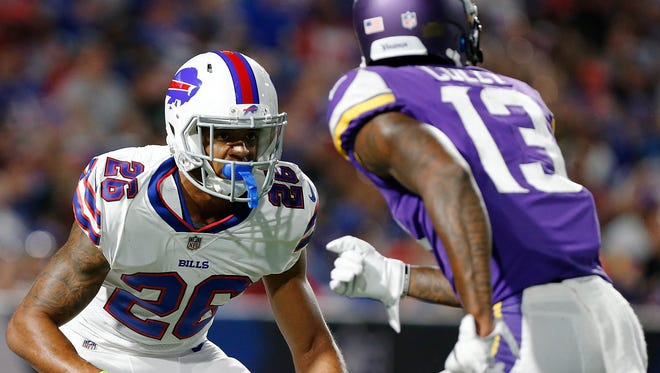 Buffalo Bills cornerback Greg Mabin defends against Minnesota Vikings wide receiver Stacy Coley  during the second half at New Era Field.