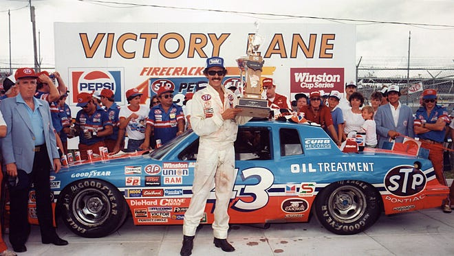 Richard Petty visited Victory Lane or the last time, as a driver, at the 1984 Firecracker 400 in Daytona Beach.