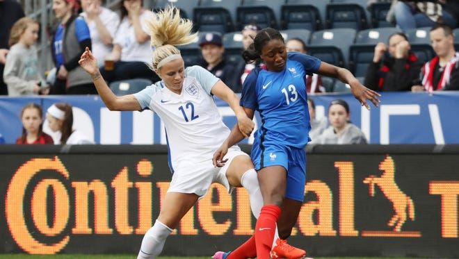 Rachel Daly (12) collapsed during an NWSL match Saturday.