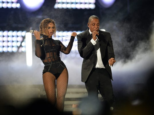 Jay Z And Beyonce Performing 1398694659000-beyonce-jayz-    Jay Z And Beyonce Performing 2013