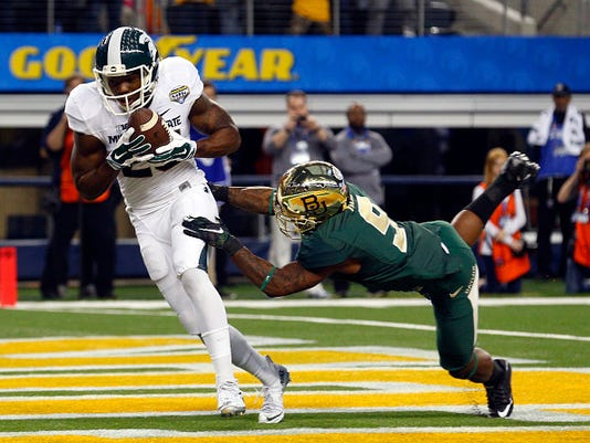 Michigan State edges out Baylor in Cotton Bowl 42-41