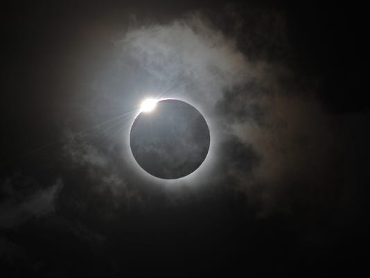 eclipse1114120013