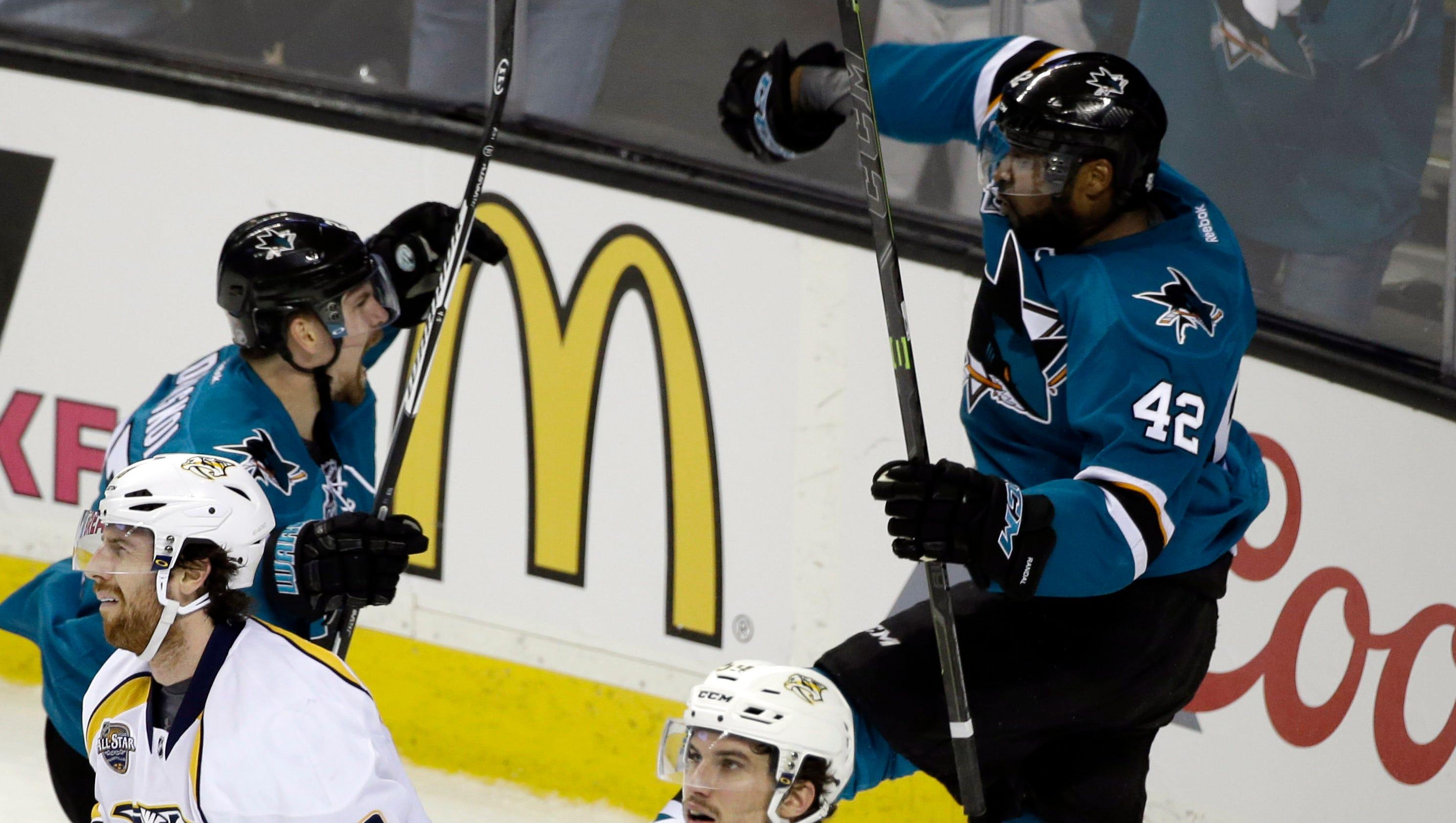 635975774549191899-ap-predators-sharks-hockey-81547555