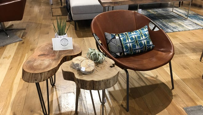 Live Edge Detroit is a Troy-based company specializing in taking locally removed urban trees and repurposing them into  everyday pieces such as bowls, tables and benches.