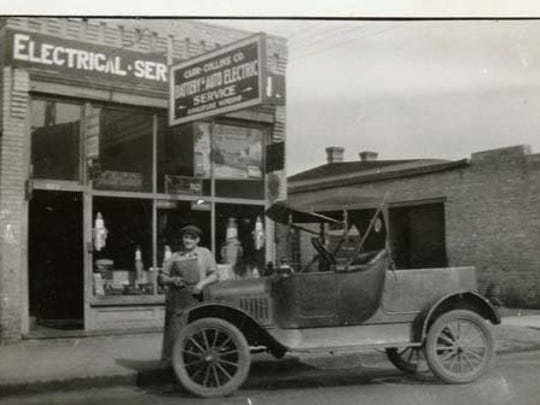 Carr Electric Auto Service operated in St. Cloud in 1923.
