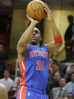 Detroit Pistons guard Jodie Meeks shoots against the Cleveland Cavaliers on April 13, 2015, in Cleveland.