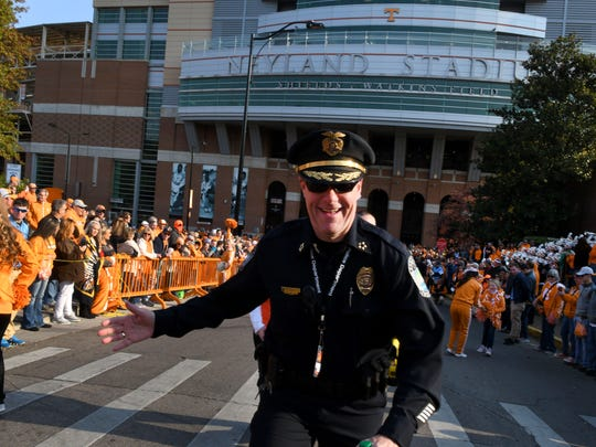 Knoxville Police Chief David Rausch checks the route