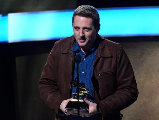 Sturgill Simpson accepts best country album during