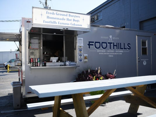 FoodReview-FoothillsTruck-09082017-0004.jpg