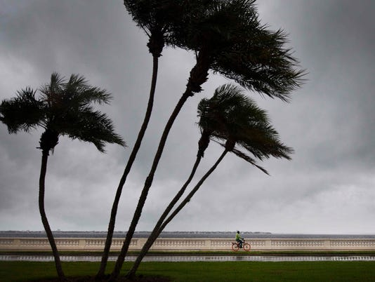 AFP AFP_SA83A A DIG DIG WEA USA FL