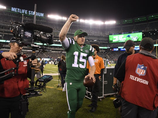 Jets QB Josh McCown after defeating the Buffalo Bills, 34-21, at MetLife Stadium in November.