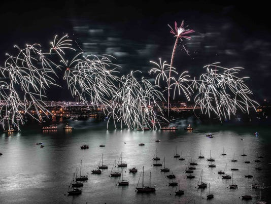 636494584116253944-boston6-1-Fireworks-8-31-2017-10.JPG