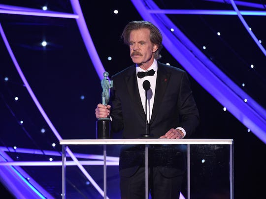 William H. Macy accepts the SAG award for Outstanding