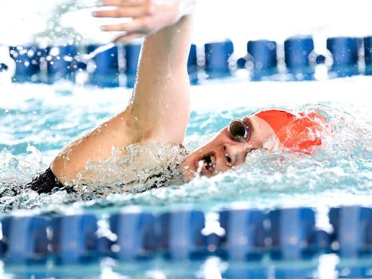636543118579005670-021518-swim-04.JPG