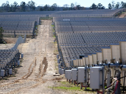 636560396476798565-Cooperative-energy-solar-farm10.jpg