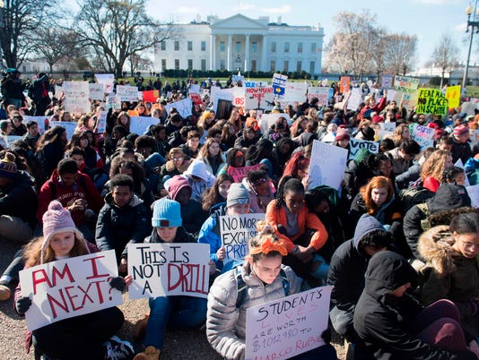 US-POLITICS-GUNS-SCHOOLS-PROTEST
