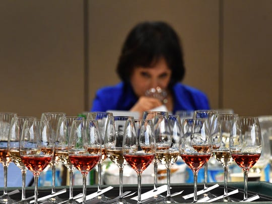 A flight of rosé wines awaits judges like Master Somallier