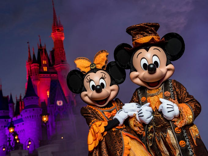 mickeys not so scary halloween party at disney worlds magic kingdom