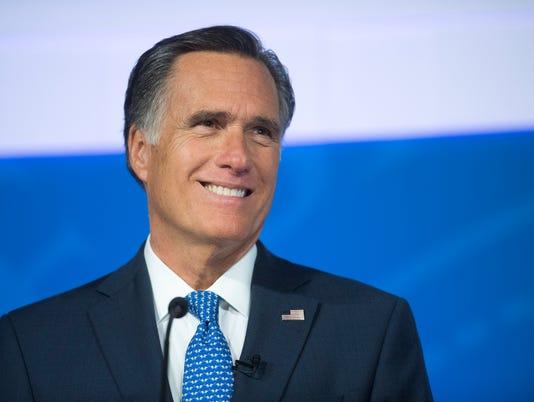 636747192638608152-CC-1009-Romney-Wilson-Debate-16.JPG