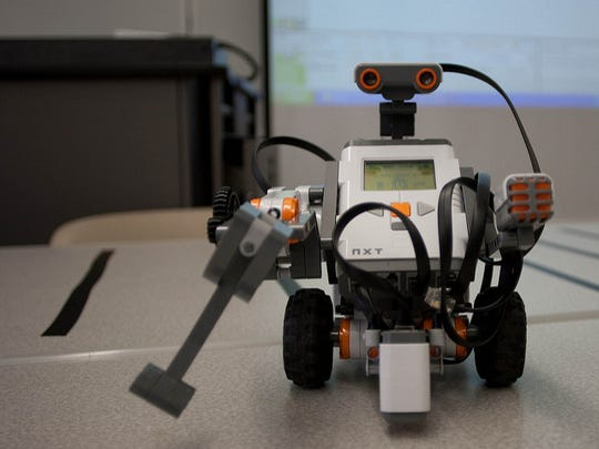 Volunteer needed to run lego robotics club
