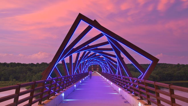 The popular lighted sculpture on the High Trestle Trail Bridge was designed by RDG Planning and Design.