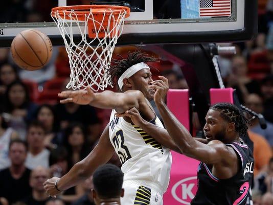 Pacers_Heat_Basketball_06900.jpg