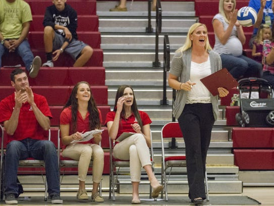 Dixie State head coach Robyn Felder calls out a play