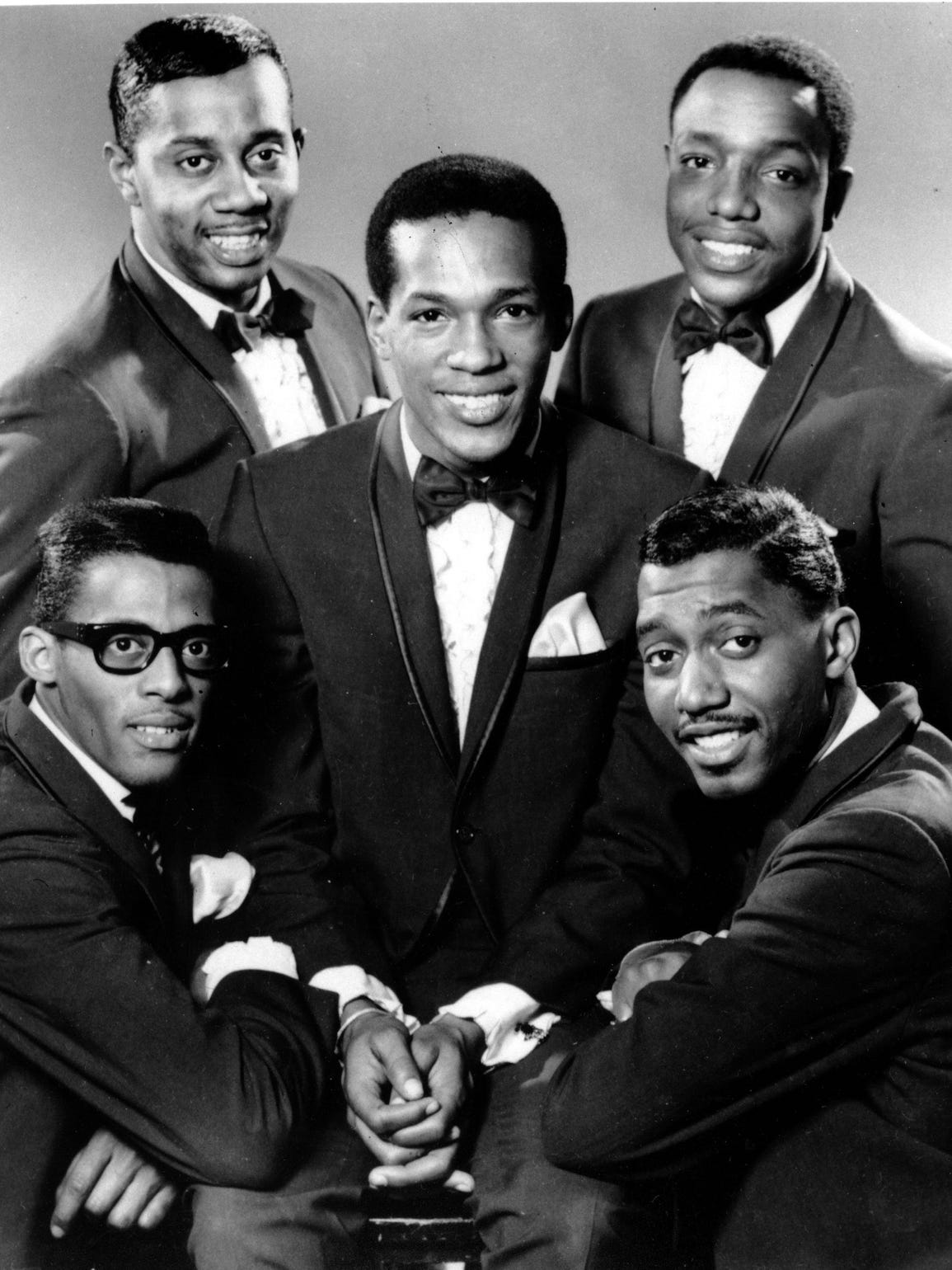 The Temptations in 1966. Clockwise from bottom left: