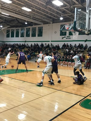 Seton Catholic Central on its way to runaway win over Norwich.