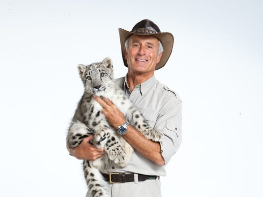 635898553110387835-Jack-Hanna-with-snow-leopard.jpg