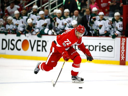 dcb3781c66b Andreas Athanasiou with a clear path thrills Red Wing teammates
