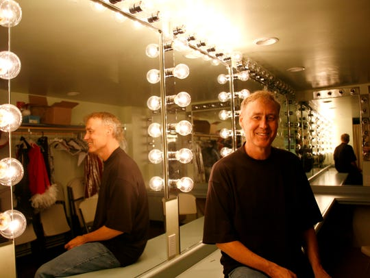 Bruce Hornsby will play Celebrity Theatre in Phoenix,