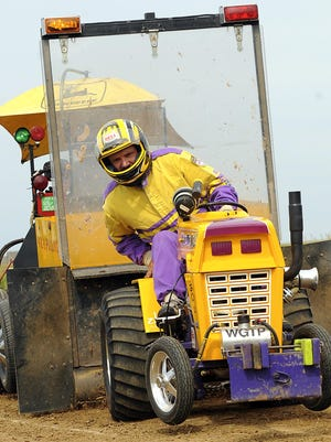 The tractor pull is one of the main attractions of the Alto Fair.