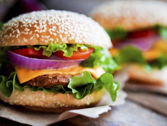 636486172136728980-LSJBrd-01-10-2015-LSJ-1-B001-2015-01-09-IMG-Online-Burger.jpg-1-1-KR9KPQBD-L546759537-IMG-Online-Burger.jpg-1-1-KR9KPQBD.jpg