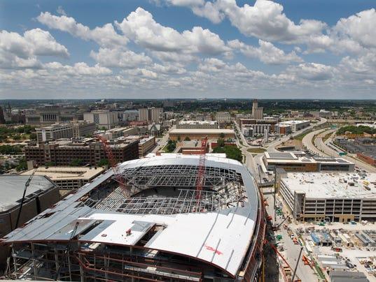New Milwaukee Bucks arena taking shape quickly