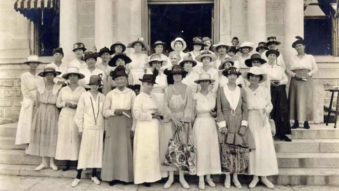 Austin suffragists registering to vote for the first time in history at the Travis County Courthouse on June 26, 1918. The Texas Legislature had just approved women to vote in primary elections, giving them one month before the upcoming primary in July to register, with a record 386,000 Texas women signing up to vote. Two years later, the women would be legally allowed to vote in all elections.