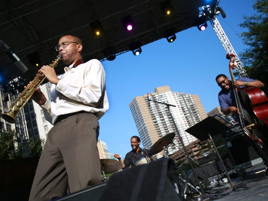 Melvin Butler, Brian Blade and Chris Thomas, of the