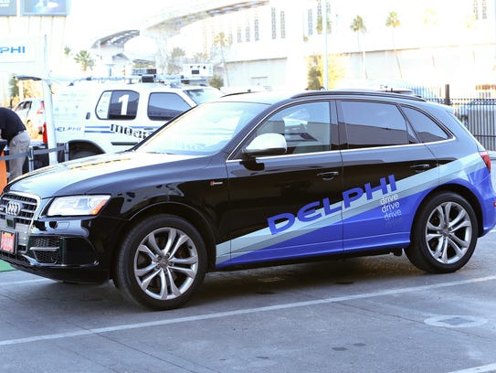 Delphi has shown its self-driving Audi SQ5 at the Consumer Electronics Show, which has become increasingly important to the auto industry.