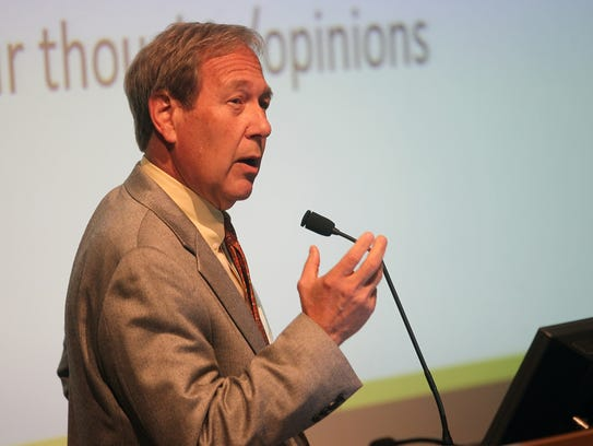 University of Iowa President Bruce Harreld speaks to