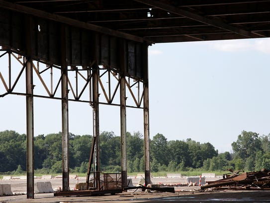 The back wall of  the Willow Run Bomber plant is missing
