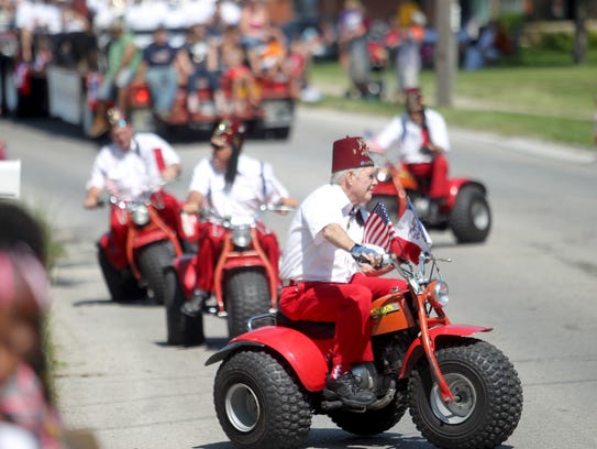 Shriners participate in the annual 4th Fest parade