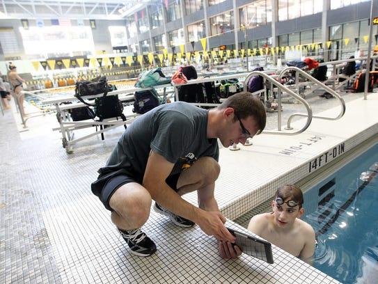 Jordan Huff reviews 15-year-old Henry Van Note's swimming