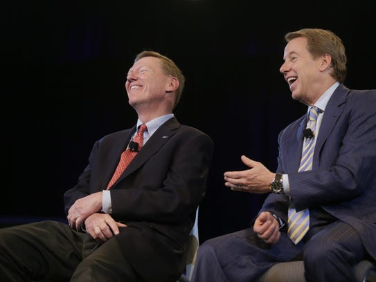 Alan Mulally, left, and Ford's Executive Chairman Bill