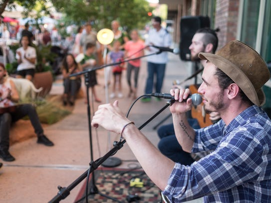 Scenes from George Streetfest, Aug. 5, 2016.