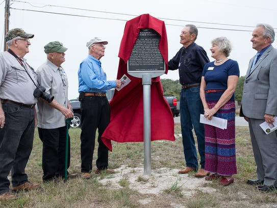 Retired airman Ken Hartlein (from left), Dallas Ford,
