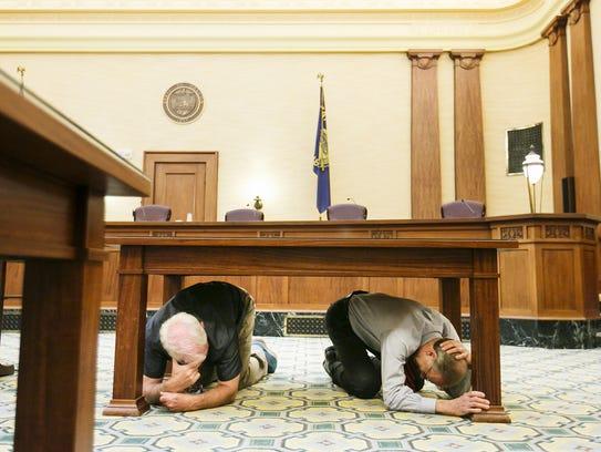 Senate President Peter Courtney (left) and Oregon Supreme