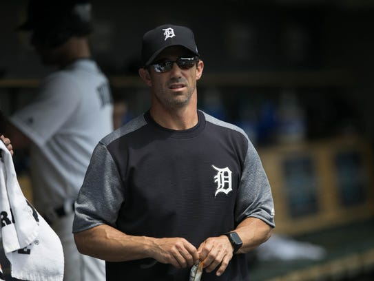 Tigers manager Brad Ausmus watches during the Tigers'