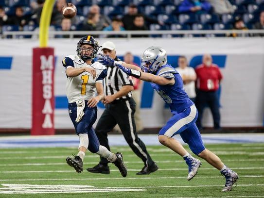 Ottawa Lake Whiteford quarterback Thomas Eitniear (1)