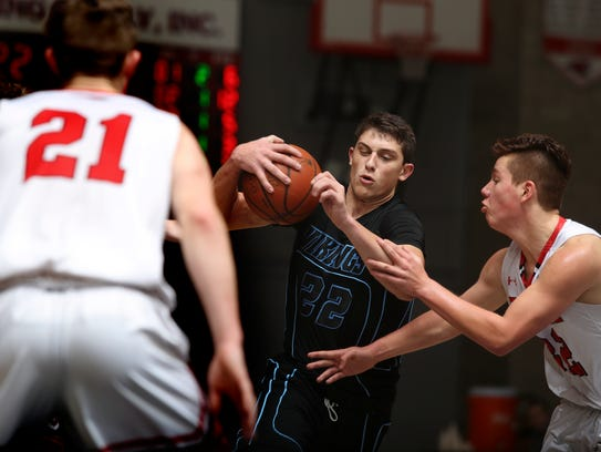 Pleasant Valley tops Foothill 52-49.