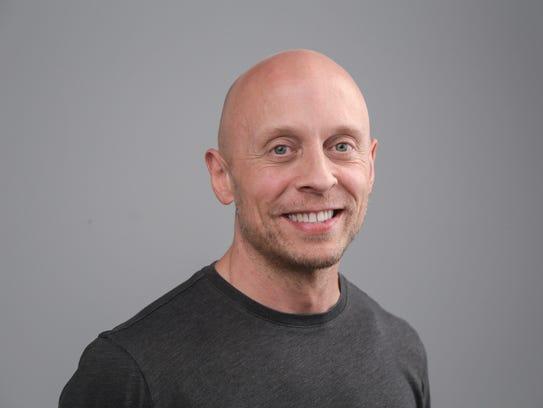 Detroit Free Press columnist John Carlisle